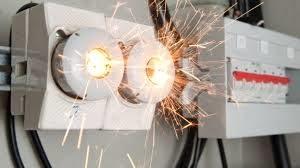 corto-circuito-elettrico